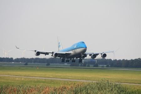 747 400: 3 Settembre 2011, Amsterdam Schiphol Airport PH-BFR - KLM Boeing 747-400 atterraggio su Polderbaan Editoriali