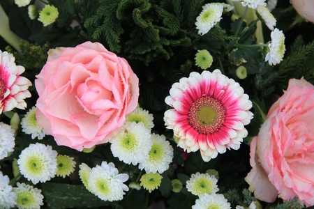 Various flowers in a mixed pink and white floral arrangement Stock Photo - 13198482