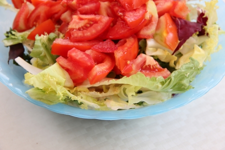 crudite: Fresh salad with tomatoes in a bowl