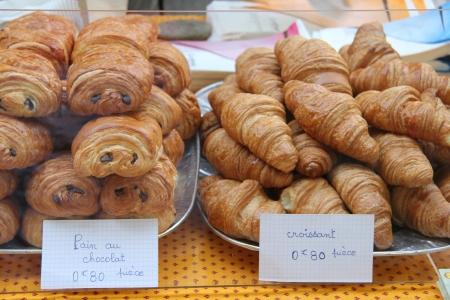 au: traditional chocolate breads, pain au chocolat and plain croissants