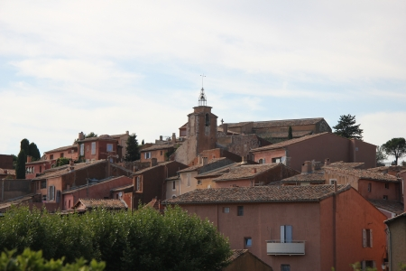 roussillon: The ochre colored village of Roussillon in France