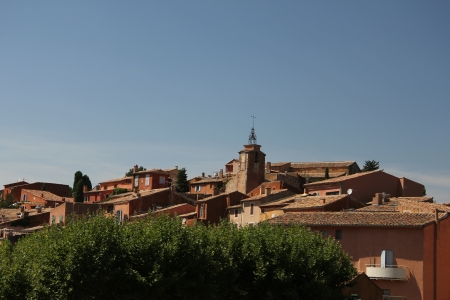 ochre: The ochre colored village of Roussillon in France