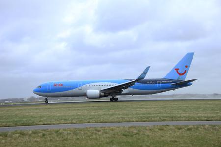 polderbaan: March, 27th 2015, Amsterdam Schiphol Airport PH-OYI Arke Boeing 767-300  Polderbaan Runway
