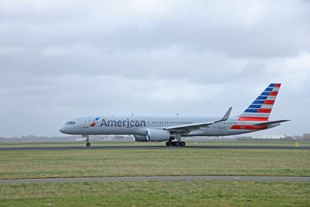 schiphol: March, 27th 2015, Amsterdam Schiphol Airport  N205UW American Airlines Boeing 757-200 Polderbaan Runway