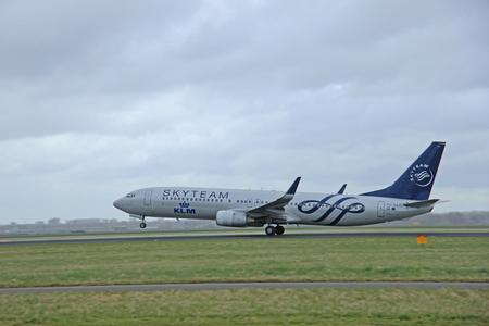 polderbaan: March, 27th 2015, Amsterdam Schiphol Airport PH-BXO KLM Royal Dutch Airlines Boeing 737-9K2(WL) Polderbaan Runway