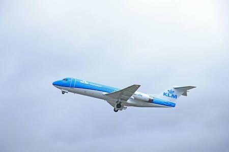 polderbaan: March, 27th 2015, Amsterdam Schiphol Airport  PH-KZD KLM Cityhopper Fokker F70   Polderbaan Runway