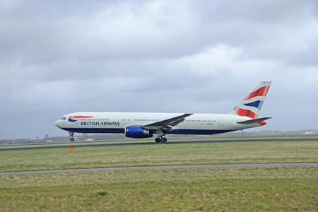 polderbaan: March, 27th 2015, Amsterdam Schiphol Airport  G-BNWX British Airways Boeing 767-336(ER) Polderbaan Runway