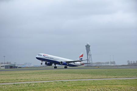schiphol: March, 27th 2015, Amsterdam Schiphol Airport G-EUXK British Airways Airbus A321-231  Polderbaan Runway