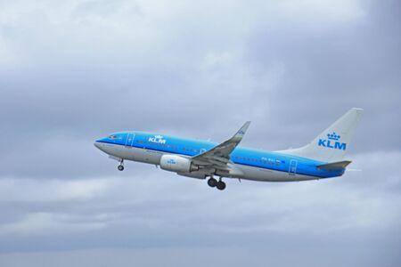 klm: March, 27th 2015, Amsterdam Schiphol Airport PH-BGI KLM Royal Dutch Airlines Boeing 737-700  Polderbaan Runway