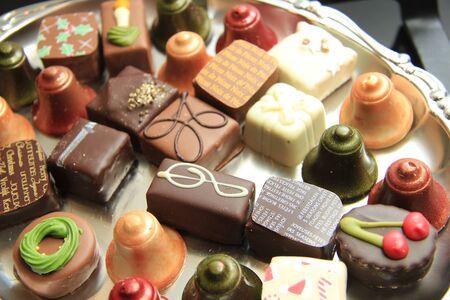 cafe bombon: Colecci�n de chocolates de Navidad de lujo con diferentes decoraciones tem�ticas navidad