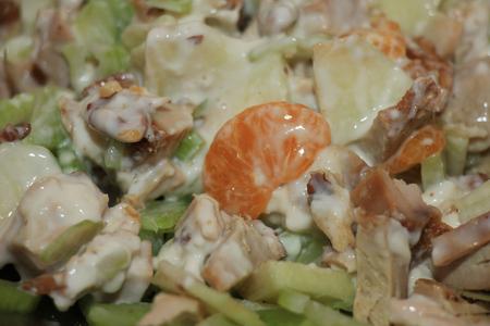 nutricion: Waldorf salad with chicken, walnuts, celery and oranges
