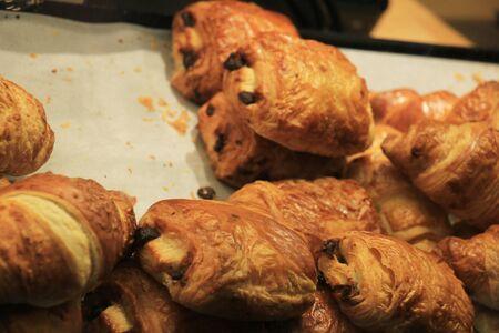 croissants: Croissants