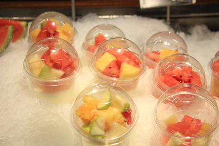 vitamin store: Fresh fruit on ice at a self service restaurant