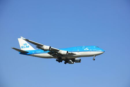 boeing 747: Amsterdam, the Netherlands, may 6th 2016: PH-BFF KLM Royal Dutch Airlines Boeing 747, approaching Polderbaan runway at Schiphol Amsterdam Airport, arriving from Shanghai, China Editoriali