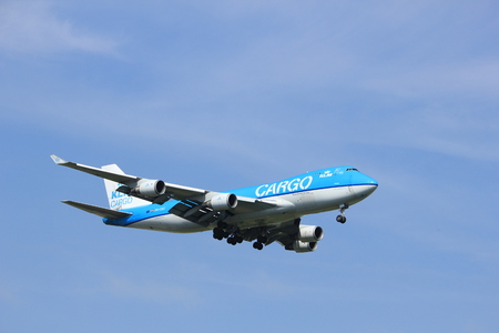 boeing 747: Amsterdam, the Netherlands - July 21st 2016:PH-CKC KLM Cargo Boeing 747, approaching Polderbaan runway at Schiphol Amsterdam Airport, arriving from Aguadilla, Puerto Rico Editoriali