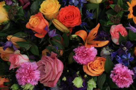 mixed marriage: Mixed colorful flowers in a floral wedding decoration