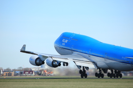 boeing 747: Amsterdam the Netherlands - March 25th, 2017: PH-BFY KLM Royal Dutch Airlines Boeing 747-400M takeoff from Polderbaan runway. Editoriali