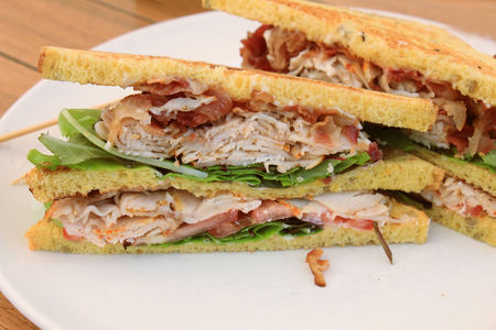 charcutería: Fresh chicken meat sandwich: charcuterie, lettuce, pickles and mayonaisse