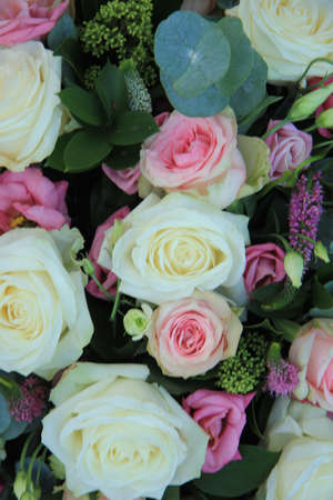 Bridal flowers: roses in white and pink