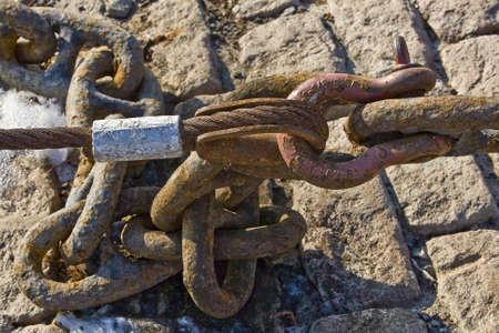 rusty chain: Old rusty ship chain