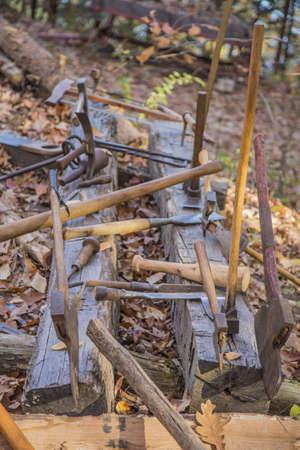 splitting: Vintage Axe Log Splitting tools