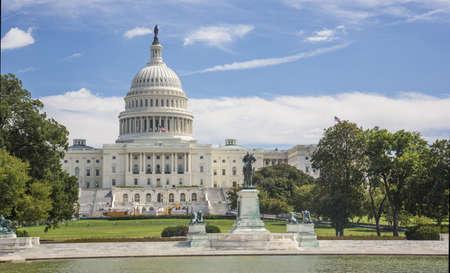 federal states: Washington DC Capitol and Fall Season, USA Stock Photo