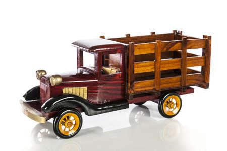 juguetes de madera: Camión de juguete de madera Foto de archivo
