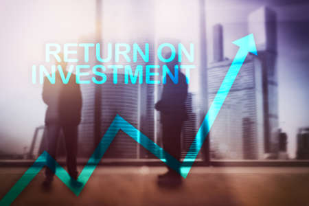 ROI - Return on investment. Stock trading and financial growth concept on blurred business center background. 스톡 콘텐츠 - 106502274