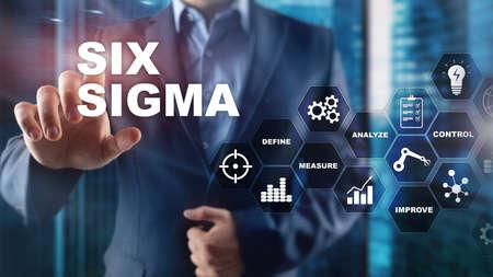 Six Sigma, productie, kwaliteitscontrole en industrieel procesverbeteringsconcept. Business, internet en technologie. Stockfoto