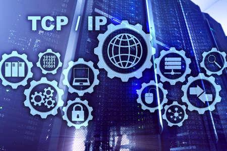 Redes ip tcp. Protocolo de Control de Transmisión. Concepto de tecnología de Internet Foto de archivo