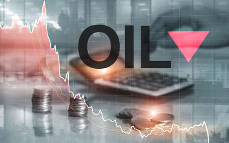 Price oil down. Oil barrels and a financial chart on abstract business background. Barrel arrow down. Oil trend down. Foto de archivo - 152236799