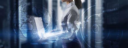 Futuristic Earth globe hologram and HUD interface panels Control dashboard. Business intelligence dashboard. Foto de archivo - 152368114