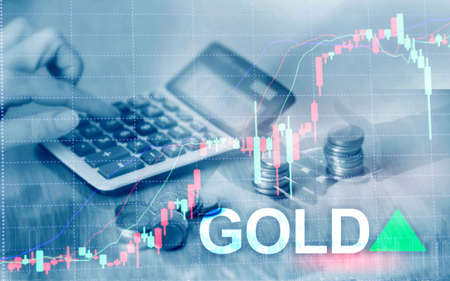 Gold trend up. Gold price stock exchange trading up. Price Gold up. Arrow rises. Abstract business background. Foto de archivo