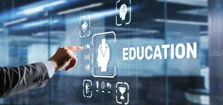 E learning Education Internet Webinar Online courses concept 版權商用圖片