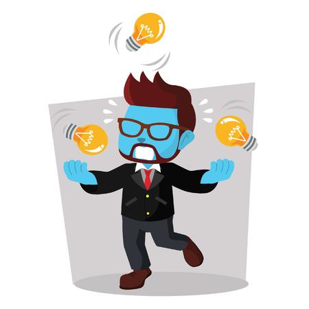 Azul empresario juggling bombilla.