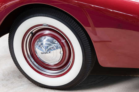 hubcap: vintage old retro oldtimer classic car wheel Stock Photo