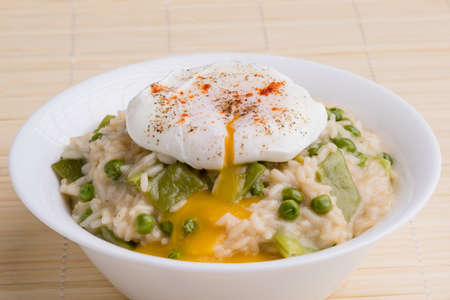 poached: fresh vegetarian pea risotto with poached egg