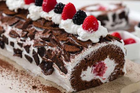 sweet tasty homemade fruit roulade snack dessert 스톡 콘텐츠