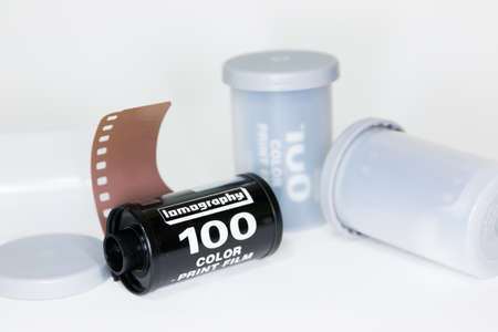 roll film: 35 mm rollo de pel�cula Foto de archivo