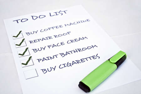 To do list with buy cigarettes Stock Photo - 8357012