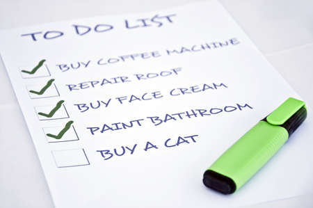 To do list with buy a cat Stock Photo - 8356958
