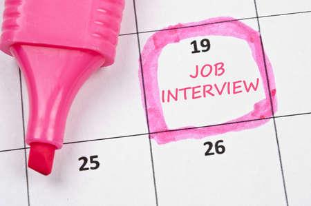entrevista: Calendario marca con entrevista de trabajo Foto de archivo