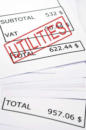 factura: Utilidades sello en el papel financiero