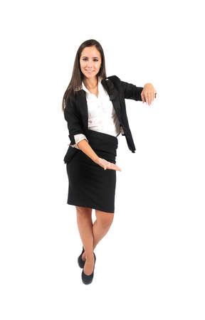 Isolé jeune femme d'affaires se penchant Banque d'images