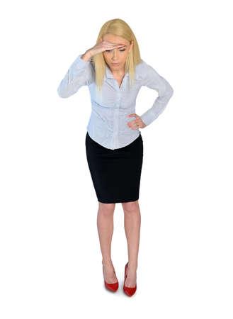 mujer mirando el horizonte: Mujer de negocios aislada mirando hacia abajo Foto de archivo