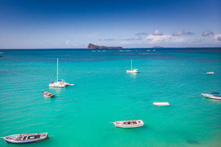 Cap Malheureux with the island of Coin de Mire in the distance, Mauritius, Indian Ocean . High quality photo Banque d'images