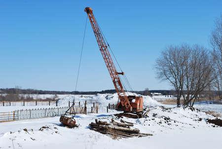 dragline: Dragline in the snow