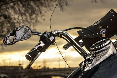 harley davidson motorcycle: moto et coucher de soleil Stock Photo