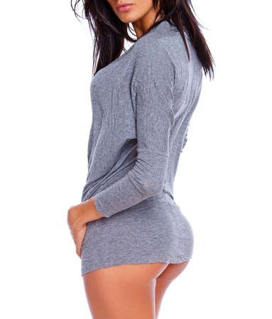 fesses black: Portrait de sexy brunet posant en studio