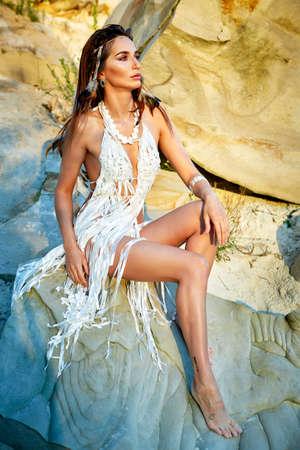 섹시한 아메리카 원주민 여자 아마존 스톡 콘텐츠
